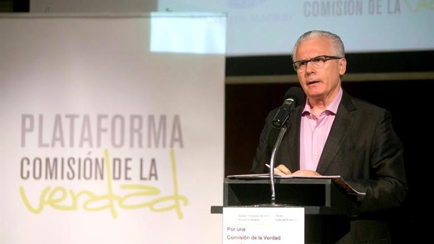 Cien mil firmas piden una comisión parlamentaria sobre crímenes franquistas