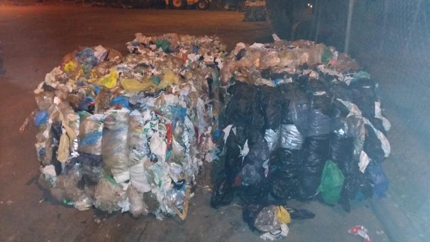 Mezcla de plástico recuperado