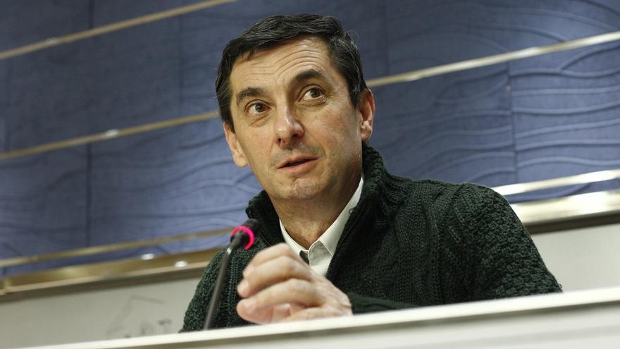 """El secretario general del PCE evita valorar la crisis de IU Madrid y sólo dice que el partido será """"constructivo"""""""