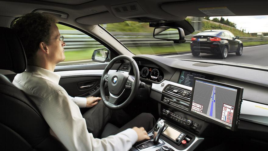 Con el tiempo, los conductores dejarán el volante al vehículo