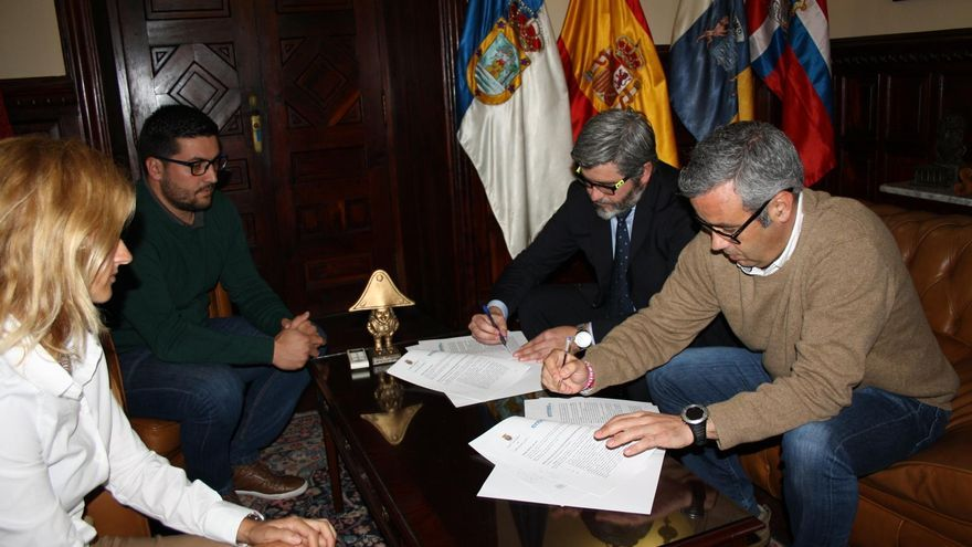 El acto de formalización del acuerdo (en la imagen) se ha celebrado este miércoles.