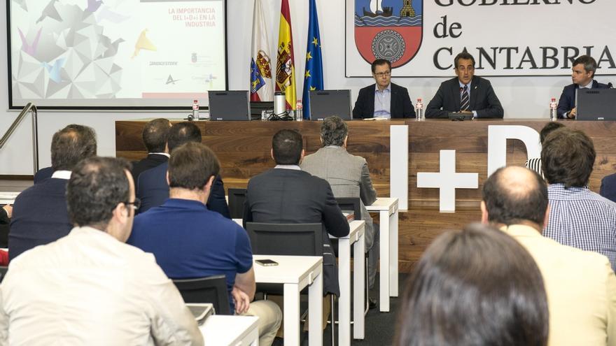 """Martín dice que el incremento en el presupuesto de Innovación servirá de """"tabla de salvación"""" para muchas empresas"""