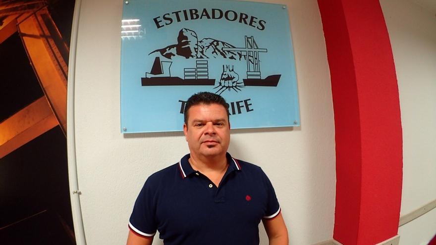 Francisco Mederos, oficial trastainero en el puerto de Santa Cruz de Tenerife