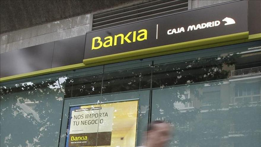 Bankia ofrece un plan para recolocar a los trabajadores afectados por su ERE