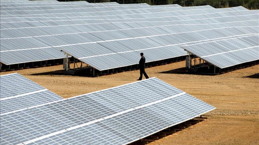 Acciona destinará 343 millones de dólares para la construcción de una planta fotovoltaica Chile