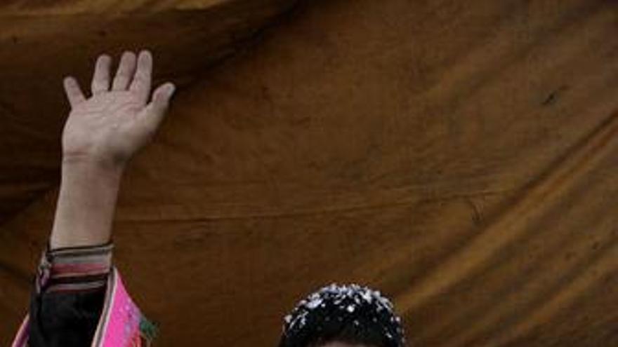 Artistas españoles defienden a Evo Morales y apoyan su reelección