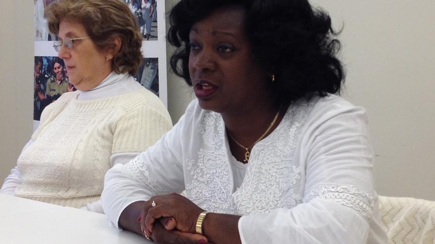 Las Damas de Blanco piden a Margallo un encuentro en Cuba