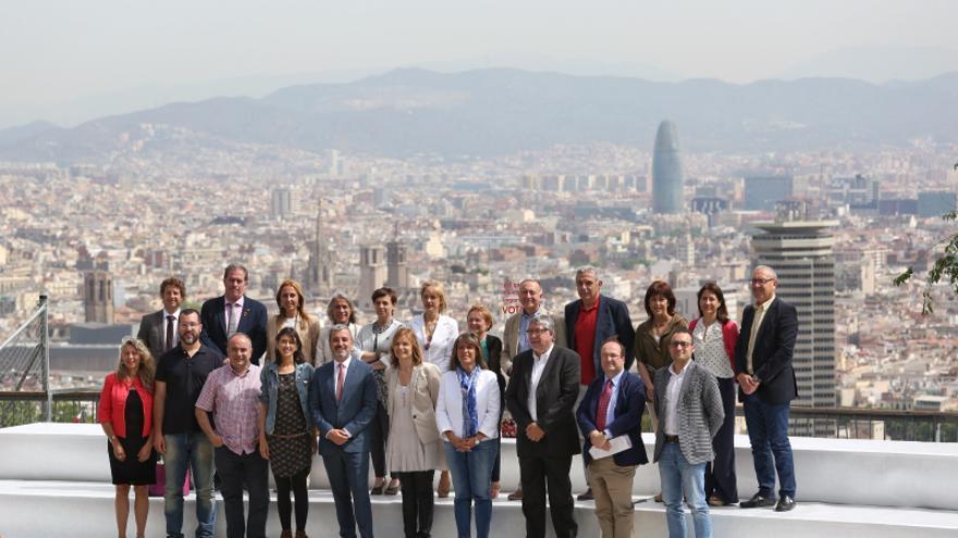 Una vintena d'alcaldes i alcaldables del PSC, a la presentació del seu Manifest per un Govern Metropolità de Progrés