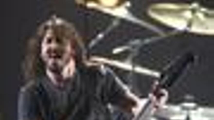 El guitarrista y cantante Dave Grohl de los Foo Fighters