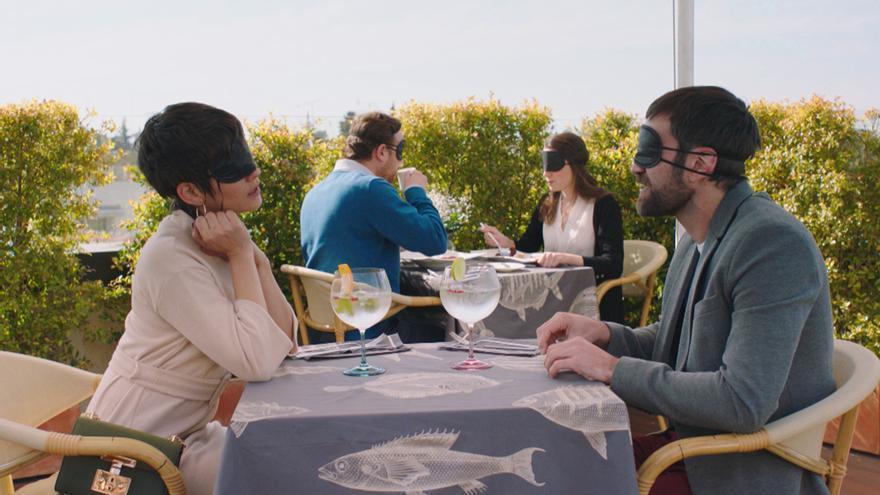 Experiencia romántica de Carmen e Iñaki en el penúltimo capítulo de 'Allí abajo'