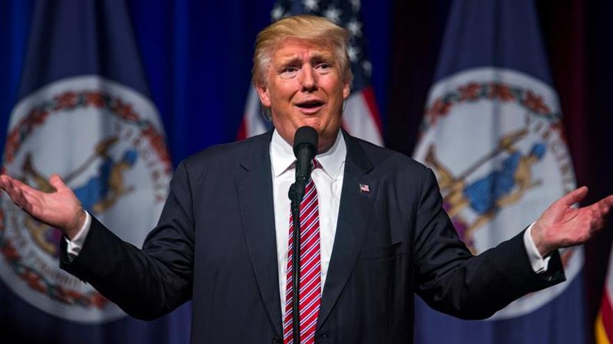 Trump busca a la desesperada salvar su campaña en el debate con Clinton
