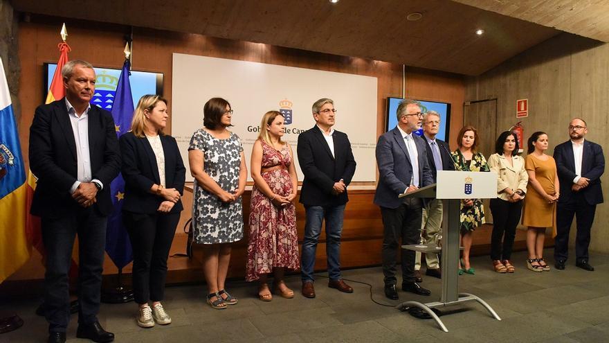 El Gobierno de Canarias declara el estado de emergencia climática en las islas.