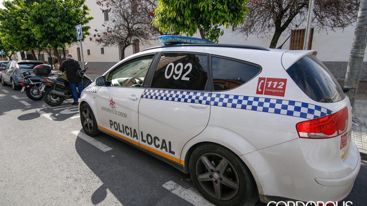 Un vehículo de la Policía Local de Córdoba.