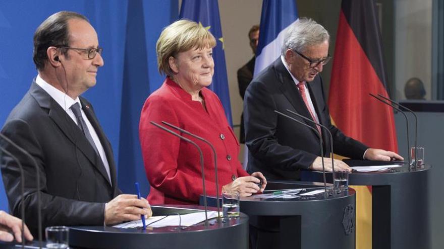 """Merkel y Hollande ven en la digitalización un paso adelante tras el """"brexit"""""""