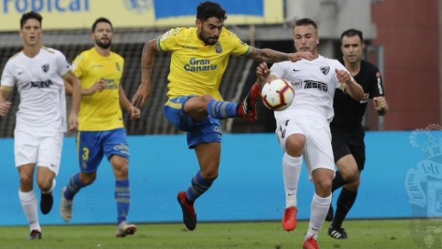Lance del partido entre la UD Las Palmas y el Málaga. (UDLASPALMAS.ES)