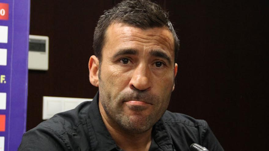 Raúl Agne, que firmará con el club blanquiazul hasta el final de la presente temporada.