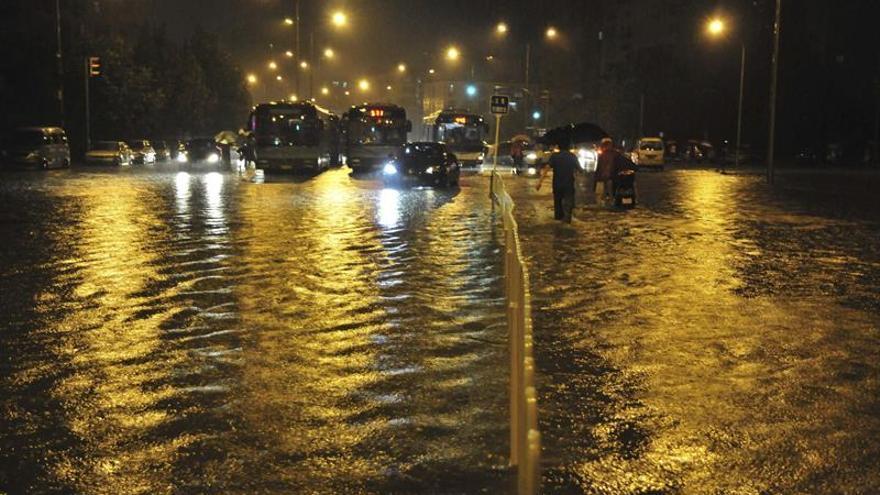 Seis desaparecidos al oeste de Pekín por fuertes tormentas