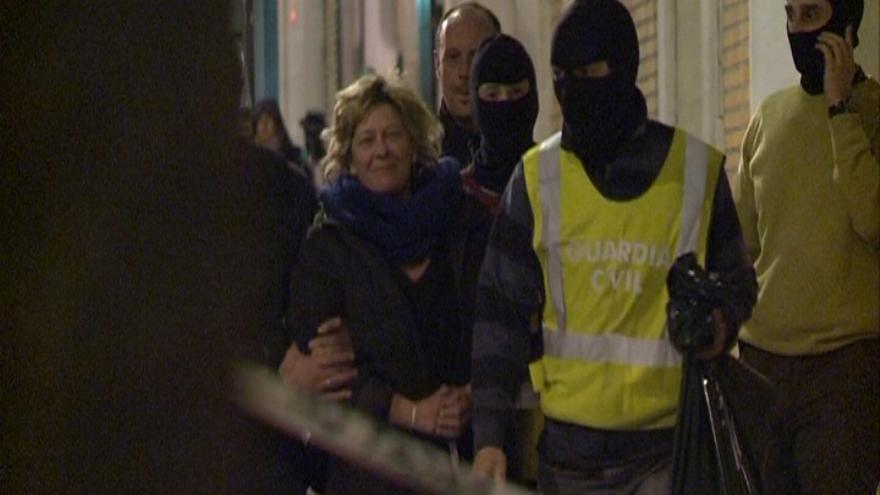 El juez envía a prisión a los ocho interlocutores del EPPK