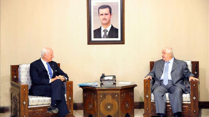 """El enviado de la ONU expone a Damasco su idea de crear """"zonas libres"""" de conflicto"""