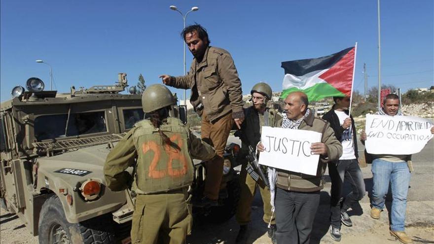 """Israel desmantela el campamento palestino de """"Bab Al Karama"""" en Cisjordania"""