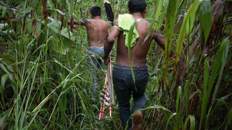 Patrulla indígena en el Estado de Rondônia, Brasil