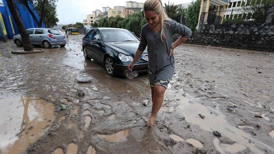 Efectos de las lluvias en LPGC. (Efe/Elvira Urquijo).