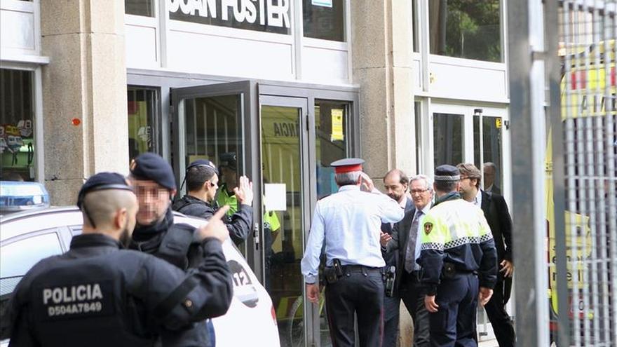 La comunidad educativa, conmocionada por la tragedia del instituto barcelonés