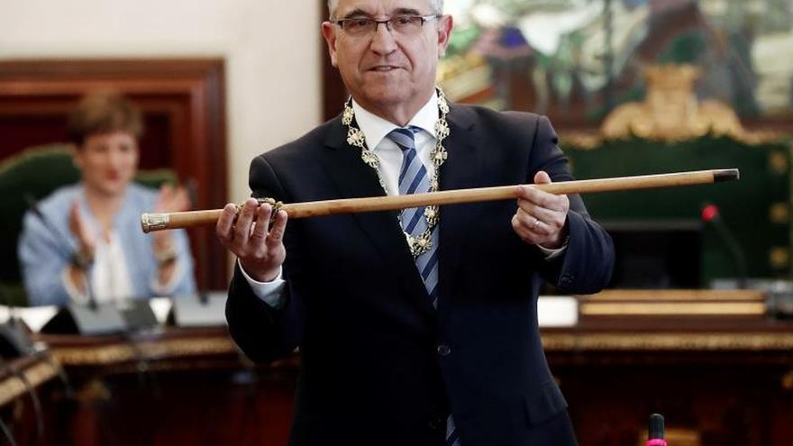 Maya (NA+), alcalde de Pamplona con los únicos votos de su grupo
