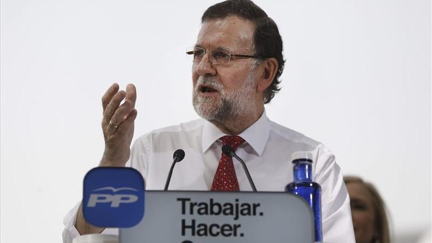 Rajoy cree que la crisis se ha superado gracias al esfuerzo de las familias