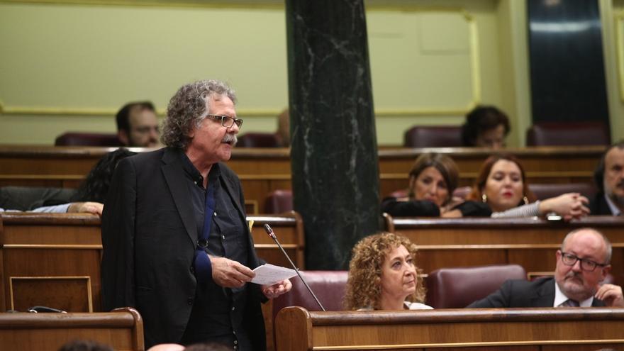 Tardá acusa al Gobierno de poner el himno y esposar a los exconsellers durante el traslado a prisión