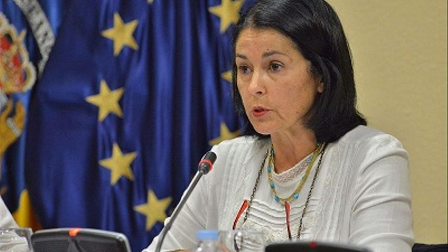Esther Carmona, candidata al Senado por el PSOE en la isla de El Hierro.