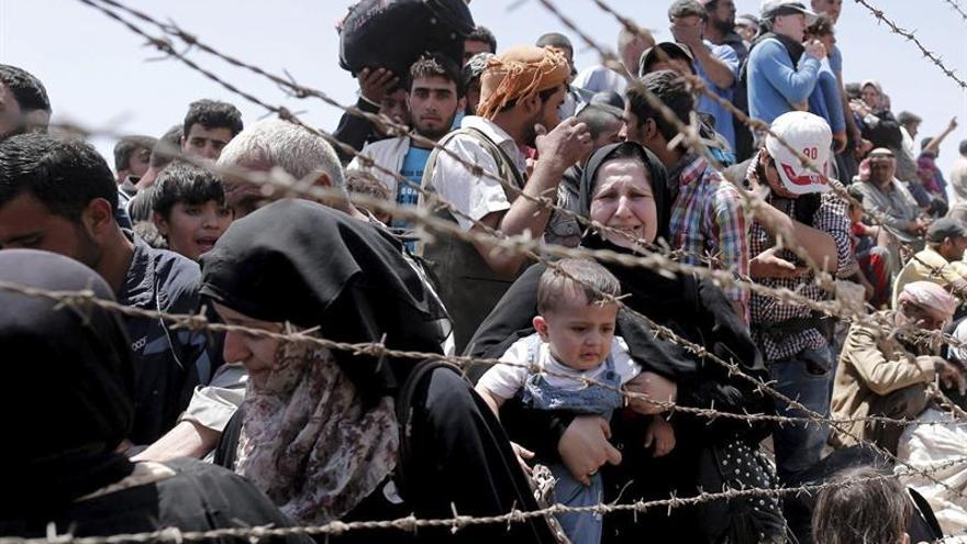 """HRW denuncia refugiados sirios """"muertos y heridos"""" a manos de agentes turcos"""