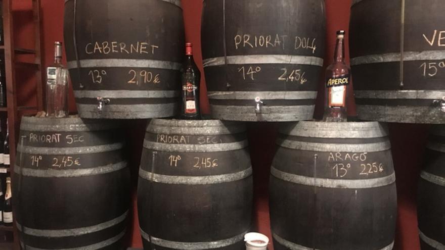 Bota de vino a granel en el Celler Florida, Barcelona. Foto: Jordi Sabaté