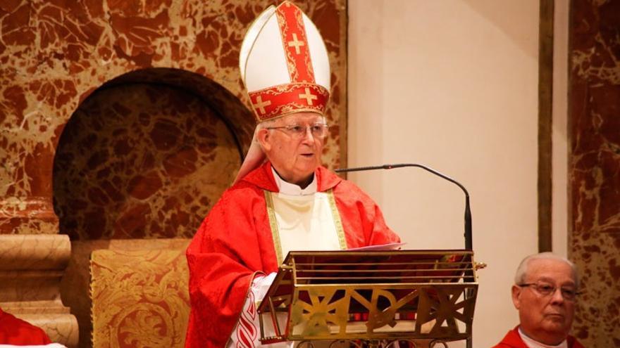 El Cardenal Arzobispo de Valencia, Antonio Cañizares, durante la misa de los Santos Inocentes.