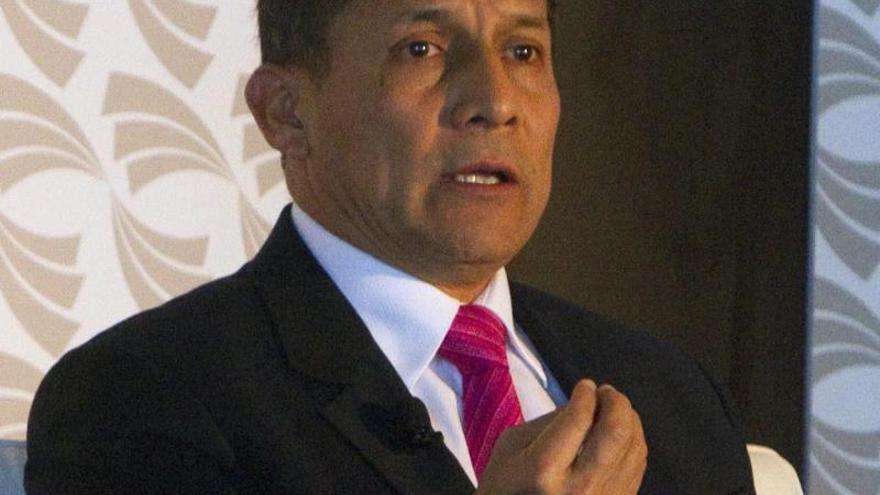 Humala participó en la despedida de 315 maestros becados a España