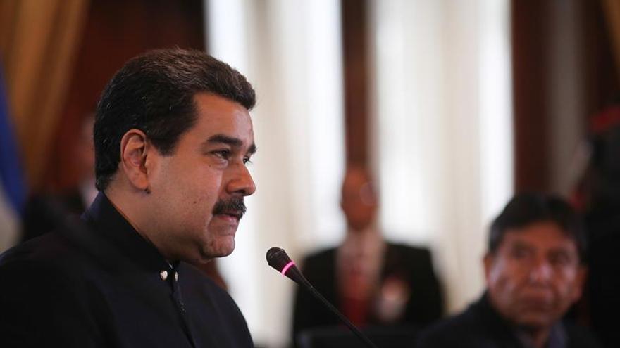 Maduro anuncia que acudirá a la Cumbre de las Américas de abril en Perú