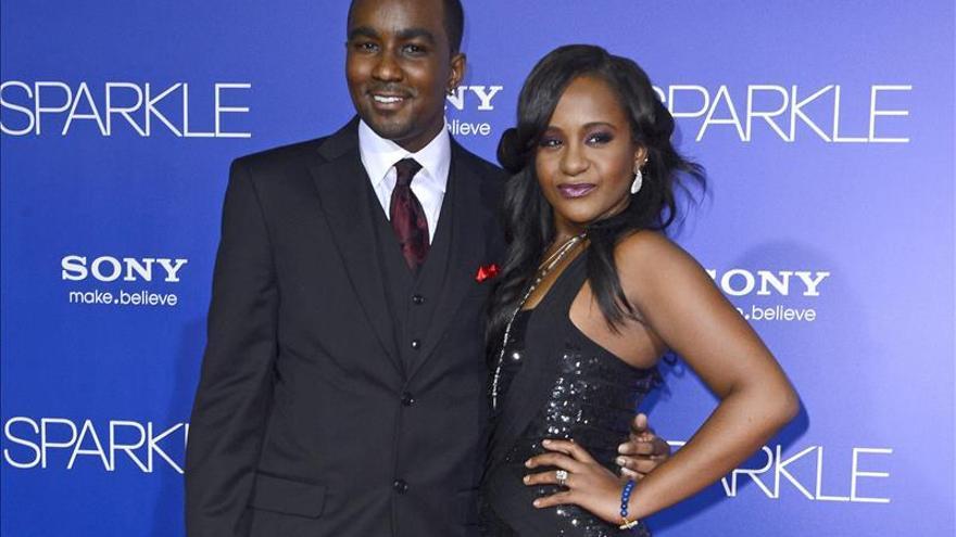 La hija en coma de Whitney Houston tendrá como tutores a su padre y a su tía