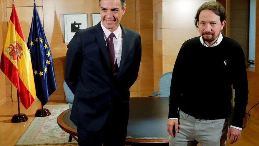 Pedro Sánchez y Pablo Iglesias, antes de una reunión en el Congreso la semana pasada.