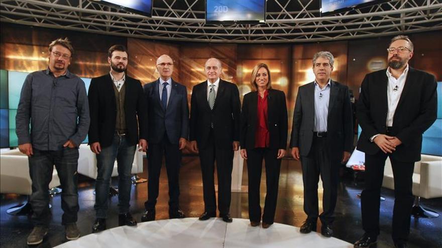 Homs y Duran polemizan sobre los pactos con la CUP y Rufián sale a defenderla
