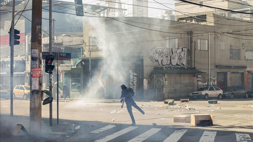 Abucheos contra Rousseff en el Mundial anticipan la campaña electoral en Brasil