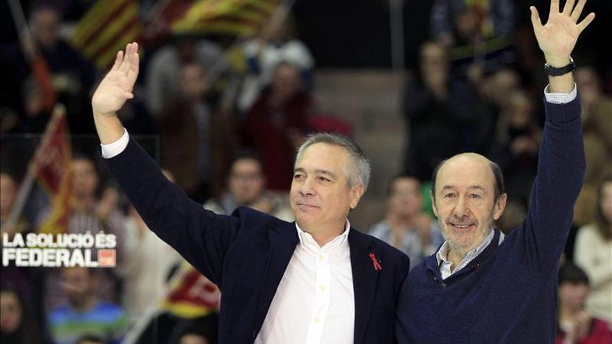 Rubalcaba y Navarro reunirán a sus ejecutivas el martes en Barcelona