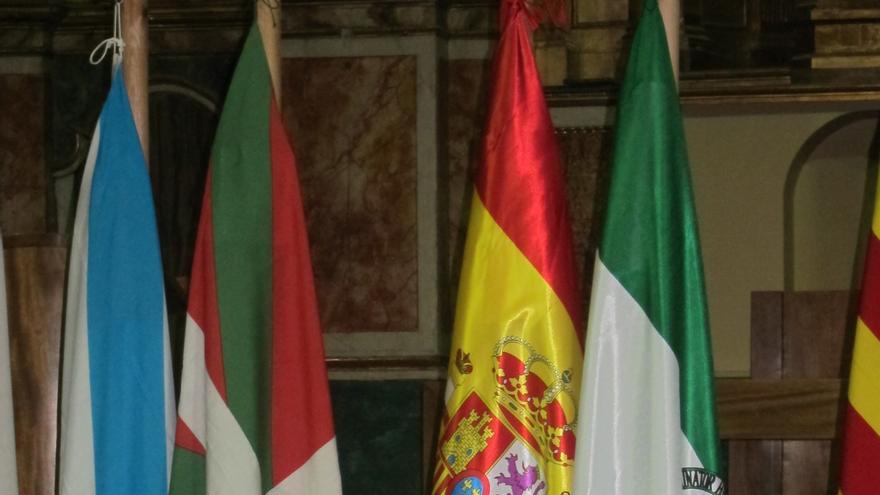"""Presidente del Parlamento andaluz defiende un modelo territorial """"sin asimetrías ni privilegios"""""""