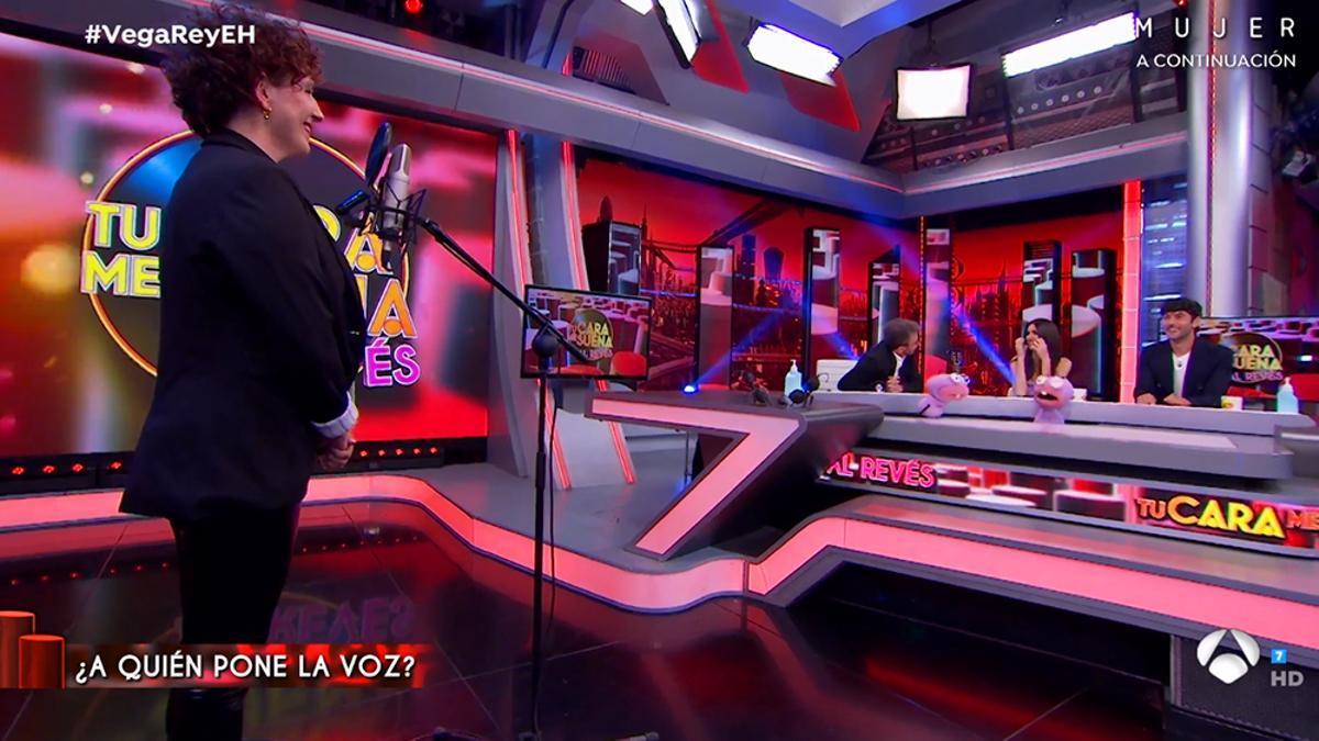 Iratxe Gómez, la voz de Siri, en su visita a 'El Hormiguero'