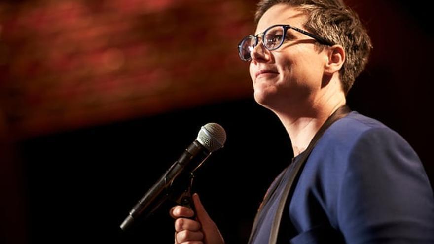 Hannah Gadsby en 'Nanette', su monólogo de Netflix