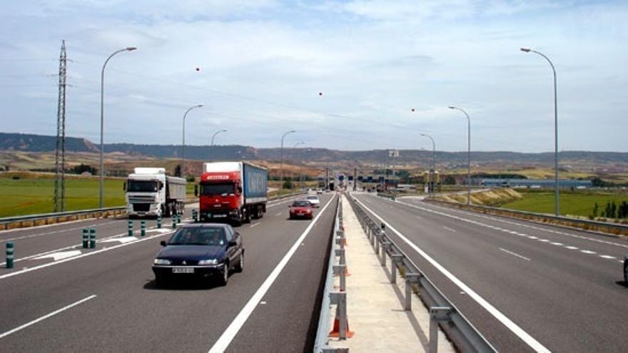 La red de autopistas pierde un 5% de su tráfico en 2013 y se sitúa en niveles de 1996