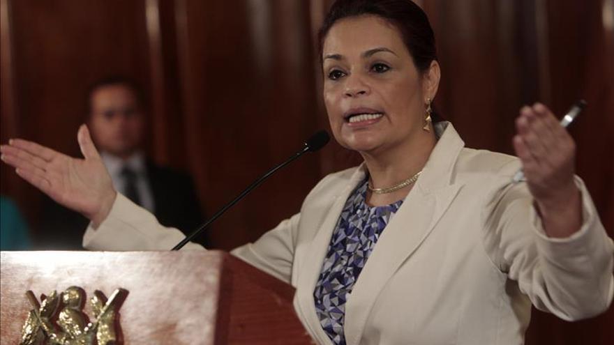 El presidente de Guatemala dará a conocer hoy la terna para ocupar la Vicepresidencia