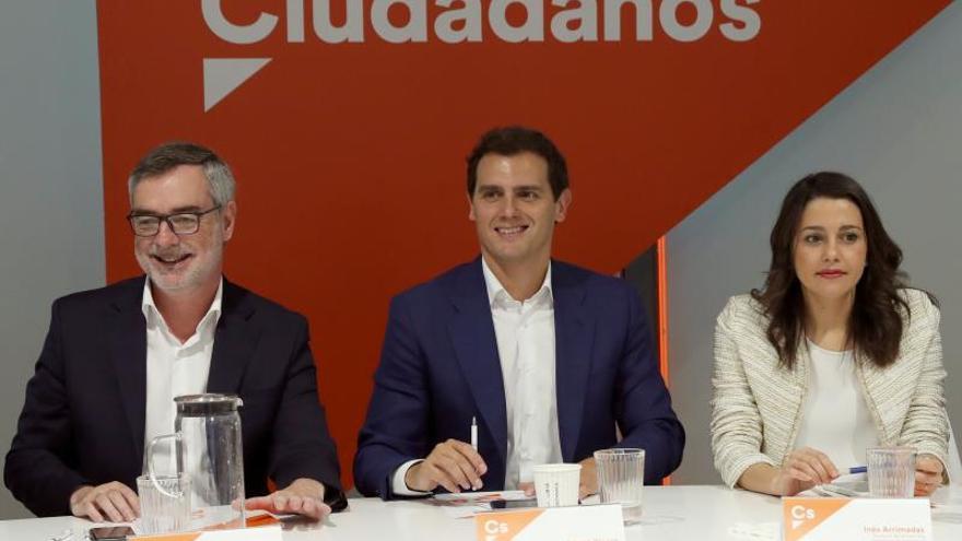 Villegas, Rivera y Arrimadas, en la reunión de la dirección de Ciudadanos