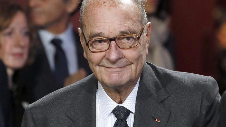 Chirac sigue hospitalizado, en medio del hermetismo sobre su estado