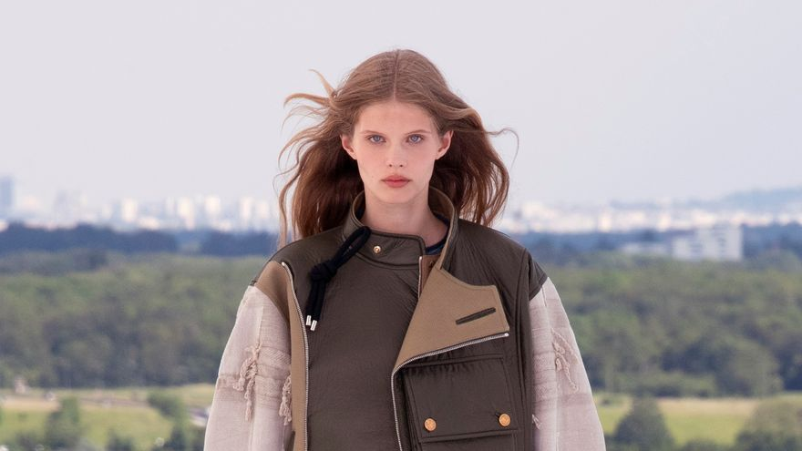 Louis Vuitton apuesta por la geometría en su colección Crucero