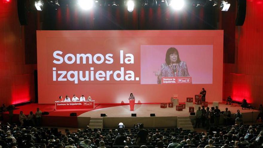 """El PSOE: """"La plurinacionalidad es compatible con la integridad de España"""""""